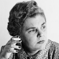 Fish elizabeth bishop essay